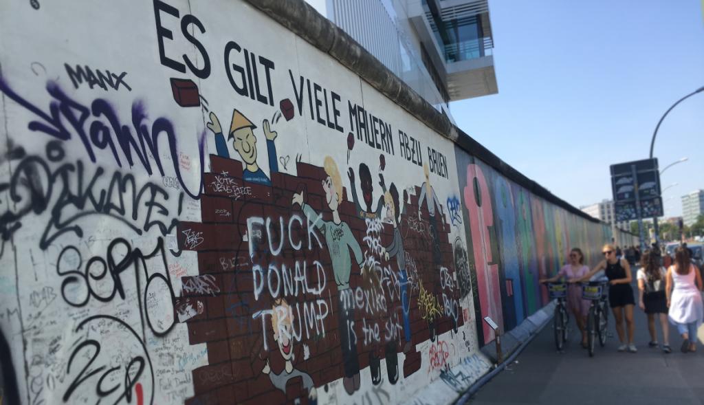 Debat handler om at bryde mure ned